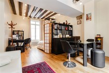 Furnished seasonal rental for 4 Paris Latin near Panthéon