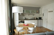 Modern, large flat for rent by month or year for 2 guests/4 guests on rue de l'Abbé Groult Paris 15th