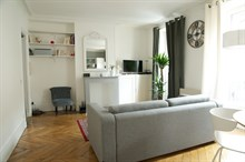 Holiday rental, furnished apartment within walking distance of Paris attractions, Motte Picquet Paris 15th
