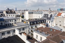 Family holiday rental in fully furnished flat for 4 near museums & shopping in Paris 3rd near Chatelet