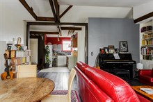 Flat rental for monthly business stays with easy access to public transportation, Bastille Paris 11th