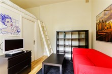 Spacious studio for monthly stays with washer & drier and kitchen, Paris 7th near Invalides