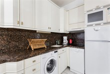 Furnished short-term apartment rental for language stays in Paris 15th, 1-bedroom and kitchen, near Montparnasse Tower