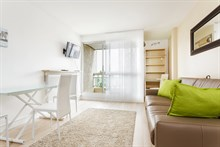 Luxurious Studio apartment for short-term rent in Paris 15th, near Montparnasse