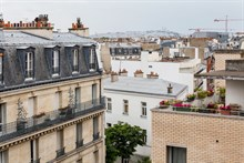 Furnished flat with terrace on rue Falguière for short-term rentals in Paris 15th