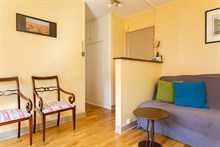 Romantic getaway in 2-person apartment in Paris 15th with spacious bedroom, monthly stays
