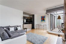 Monthly apartment rental for long holidays, spacious 2-room, Nation Paris 12th