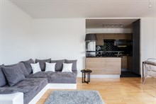 Vacation rental for family or friends with 2 rooms in Nation, Paris 12th