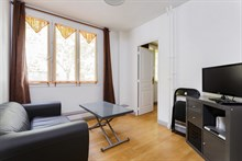 Monthly apartment rental for 2 to 3 guests in 15th arrondissement of Paris, rue Saint Charles