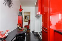 Modern flat rental for 2 guests with terrace, Butte Chaumont Paris 20th