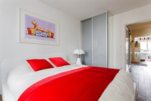 Flat rental for short-term stays with terrace in 20th arrondissement of Paris, Butte Chaumont
