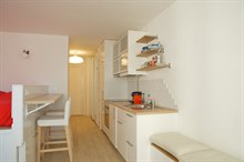 Luxurious Studio apartment for 2 guests short-term rent in Paris 15th, near Montparnasse