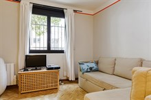 Authentic Parisian Studio apartment for business stays in Paris 14th near Denfert Rochereau, monthly stays