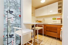 Short sabbaticals, furnished studio apartment with terrace in Paris 14th district