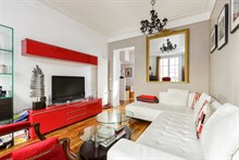 Furnished monthly apartment rental for 2 guests Père Lachaise and Bagnolet in Paris 20th