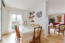 Live like a Parisian in 4 room apartment with terrace for short-term rental, Porte de Saint Cloud, Near Paris