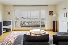 4-room furnished apartment for four available for monthly rent near Montparnasse Tower, Paris 15th