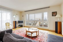 Fabulous weekly flat rental, furnished with 4-rooms near Montparnasse Tower, Paris 15th