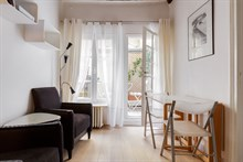 Turn-key 2 room apartment ideal for singles in Latin Quarter, Paris 10th