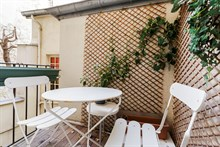 Affordable furnished 2 room apartment rental for 2 in Latin Quarter, Paris 10th