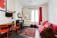 Furnished monthly apartment rental for 2 guests Père Lachaise, Gambetta, Paris 20th
