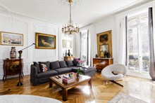 Turn-key apartment rental w 1 bedroom for up to 4 guests on Boulevard Haussmann Paris 8th