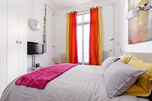 Great deal on 4-person accommodation in Paris 8th district near Parc Monceau and other chic areas of French capital