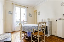 Vacation rental in Paris 15th arrondissement, long-term stays in 3-room turn-key apartment with plenty of privacy in calm area