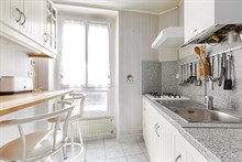 seasonal rental apartment for 4 guests 430 sq ft on rue Hallé Paris XIV