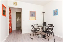 Romantic getaway in 2-person apartment in Paris 6th with spacious bedroom, weekly stays