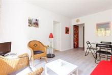 Authentic Parisian 1 bedroom apartment for business stays in Paris 6th in Saint-Placide, monthly stays