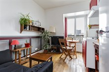 Furnished monthly apartment rental for 3 guests Père Lachaise, Gambetta, Paris 20th