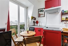 Charming 3-person apartment for rent, short-term near city attractions in Paris XX