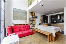 Modern, large townhouse for rent by month or year for 2 guests/4 guests with easy train access to Chatelet