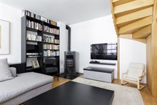 Family vacation rental in fully furnished apartment for 4 near museums & shopping near Paris with RER access to Chatelet