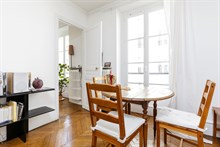Modern 2 bedroom apartment for monthly stays, near Batignolles in Villiers, Paris 17th