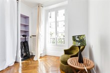 Paris Vacation in 2 bedroom apartment rental for business or personal stays near Batignolles, 17th arrondissement