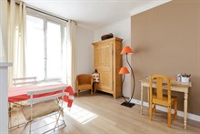 Weekly flat rental two to four, furnished, Commerce quarter, metro Motte-Picquet-Grenelle, Paris 15th