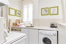 Large, furnished apartment for 2 or 3 available for weekly rental at At Gaîté, Paris 15th