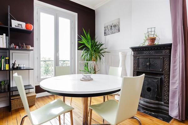 rolland splendide f2 moderne et confortable montrouge en face de la porte d 39 orl ans my paris. Black Bedroom Furniture Sets. Home Design Ideas