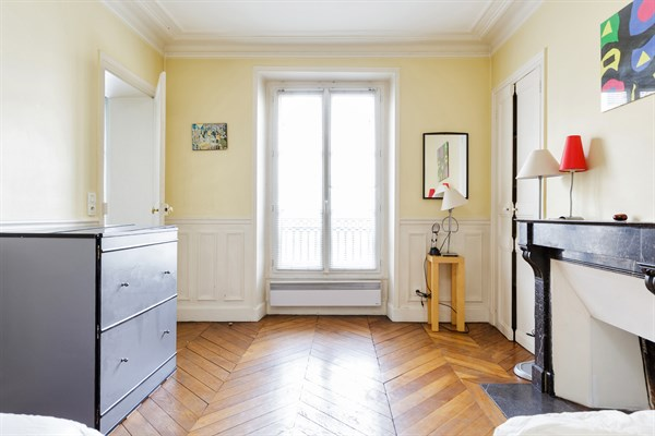 le montparnasse splendide 3 pi ces louer pour 5 personnes dans le 14 me arrondissement my. Black Bedroom Furniture Sets. Home Design Ideas