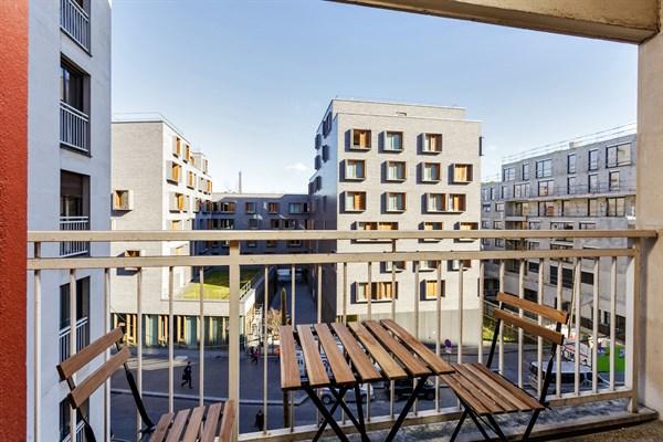 Le cevennes f3 refait neuf avec balcon vue tour eiffel - Location appartement meuble paris courte duree pas cher ...
