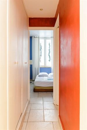 babylone appartement de 2 pi ces confortable pour 2 personnes rue de s vres paris 6 me my. Black Bedroom Furniture Sets. Home Design Ideas