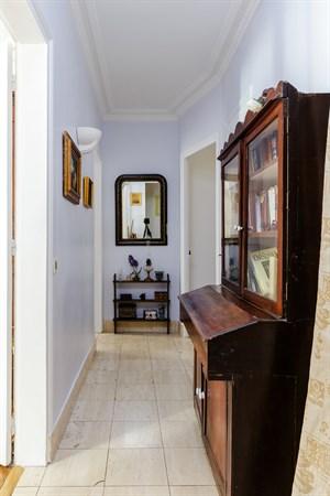 le damr mont superbe f3 avec 2 chambres doubles deux pas de montmartre paris 18 me my. Black Bedroom Furniture Sets. Home Design Ideas