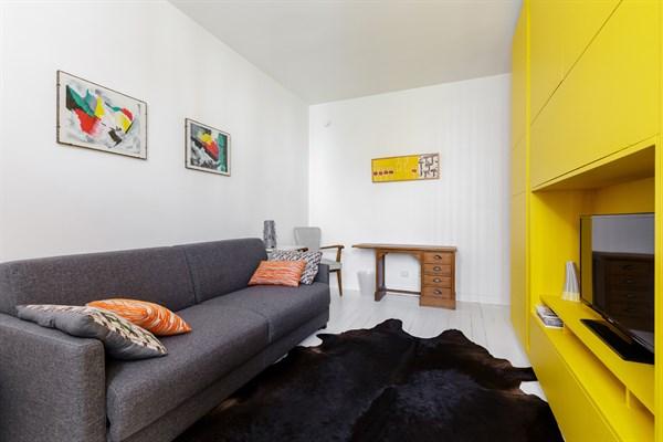 location appartement meuble paris longue duree nouveaux mod les de maison. Black Bedroom Furniture Sets. Home Design Ideas