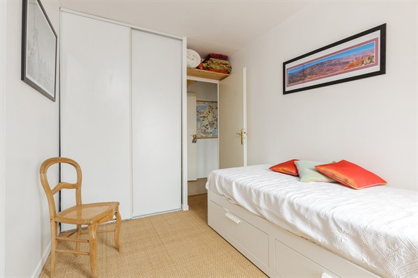 Le montrouge appartement moderne de 2 chambres avec - Location meublee courte duree ...