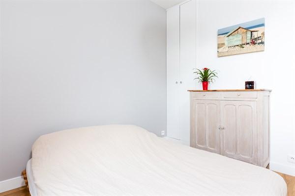 Le cottage appartement de 3 pi ces moderne avec vue tour for Chambre au mois paris