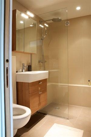 l 39 amiral 2 pi ces louer meubl paris 14 me my paris agency. Black Bedroom Furniture Sets. Home Design Ideas