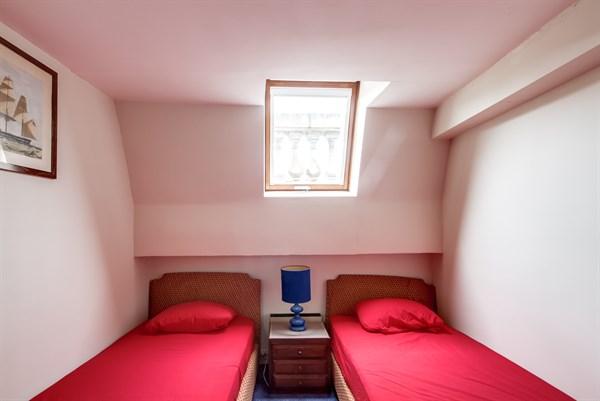 Le petit germain duplex confortable pour 4 avec 2 - Location chambre paris courte duree ...