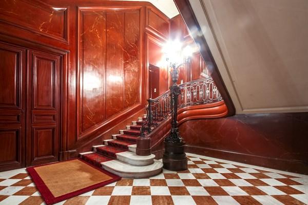 le petit germain duplex confortable pour 4 avec 2 chambres doubles bd saint germain paris 7 me. Black Bedroom Furniture Sets. Home Design Ideas